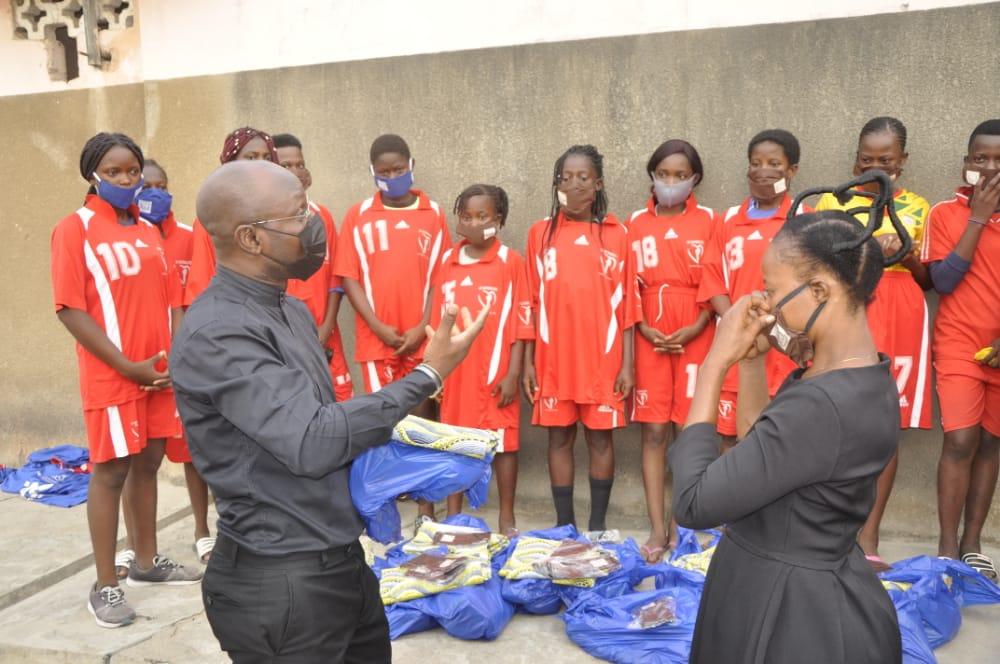 Don aux joueuses de Naja FC: Les responsables du club très reconnaissants